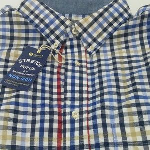 Haggar Men's Size Med button down stretch poplin